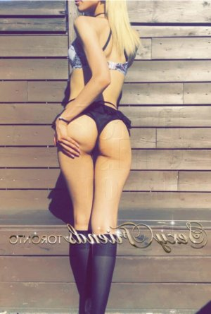 Lauryanna outcall escorts in Exeter CA