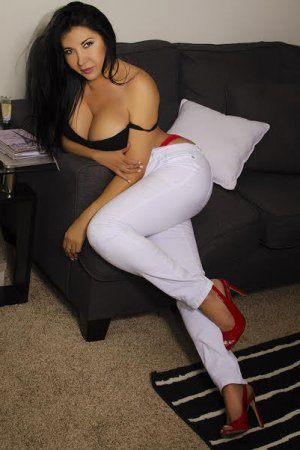 Khadra free sex in Carrollton GA and escort girl